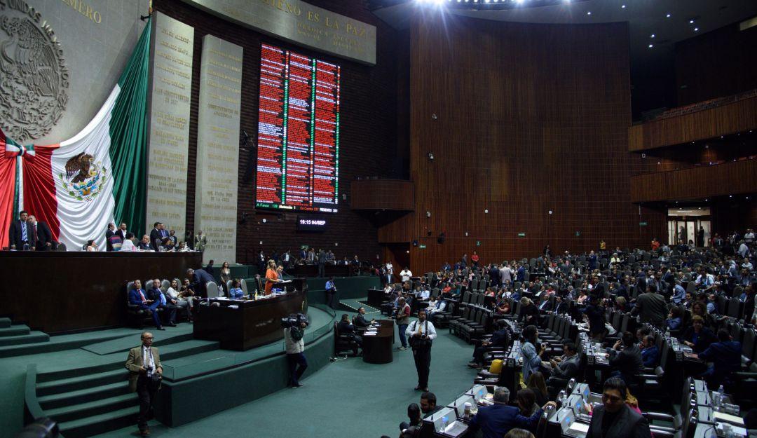 Morena rechaza tres veces propuesta del PAN para presidir Mesa Directiva