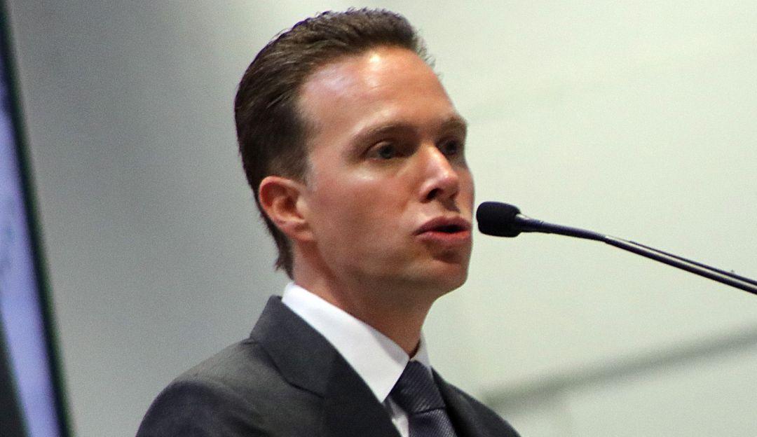 Regresa Manuel Velasco al Senado