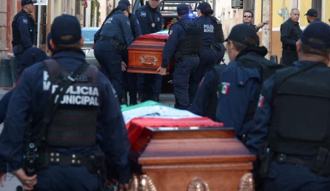 Rinden homenaje a comisario y policías asesinados en Lagos de Moreno