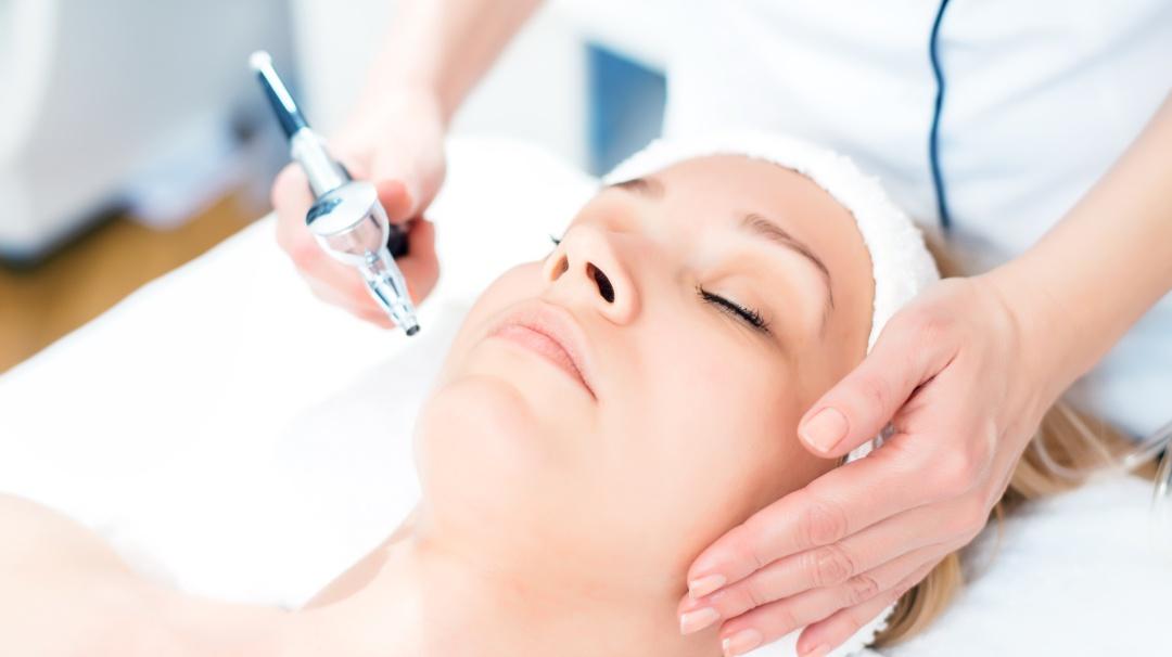Lifting sin bisturí: lo más nuevo y efectivo para vs la flacidez del rostro