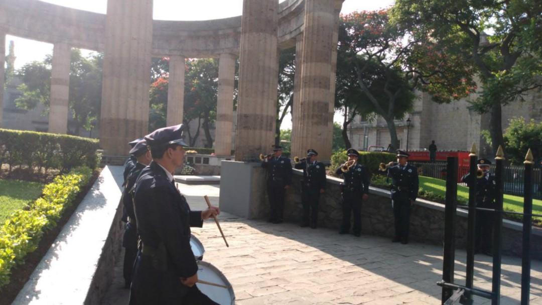 Conmemoran el 55 aniversario luctuoso de Efraín González Luna