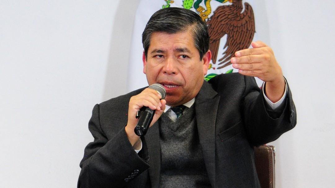 """""""Nos pusieron una pistola llena de aranceles"""": Tonatiuh Guillén"""