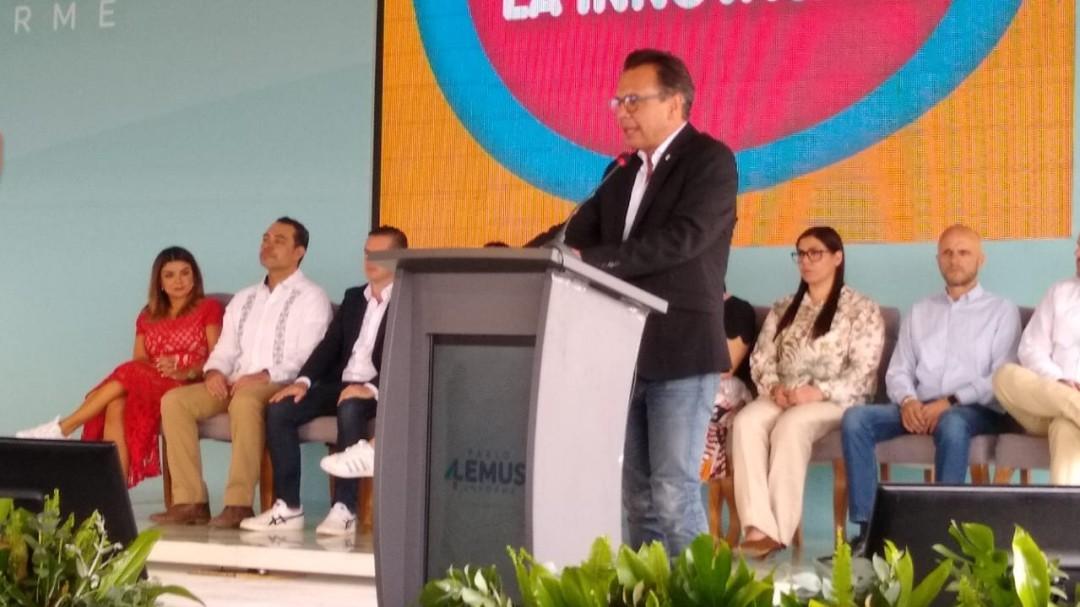 Pablo Lemus rinde su primer informe de gobierno