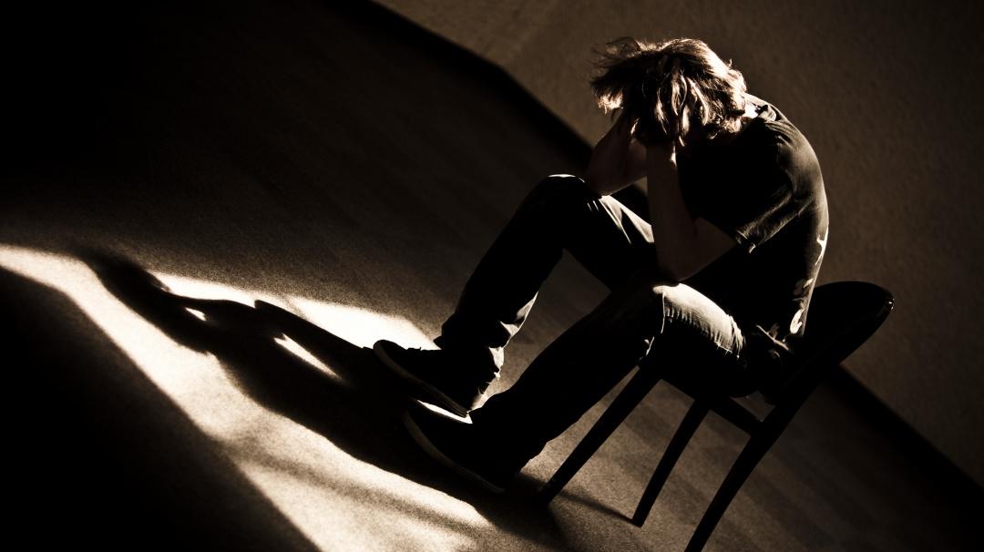 Registra México 6 mil suicidios al año; los jóvenes los más propensos: UNAM