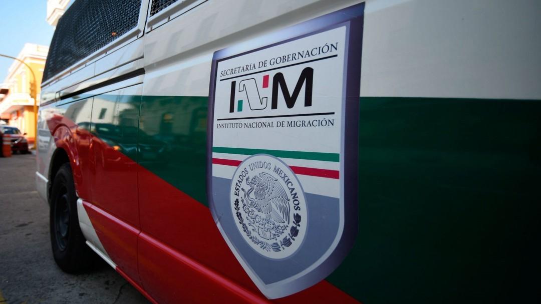 Rescatan a 116 migrantes y detienen a 4 traficantes de personas en Veracruz