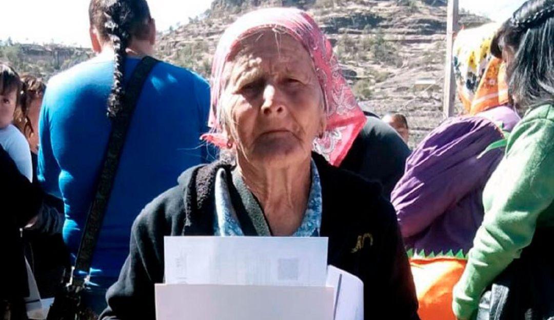 sep-felicita-mujer-81-años-tarahumara-que-concluye-primaria-inea