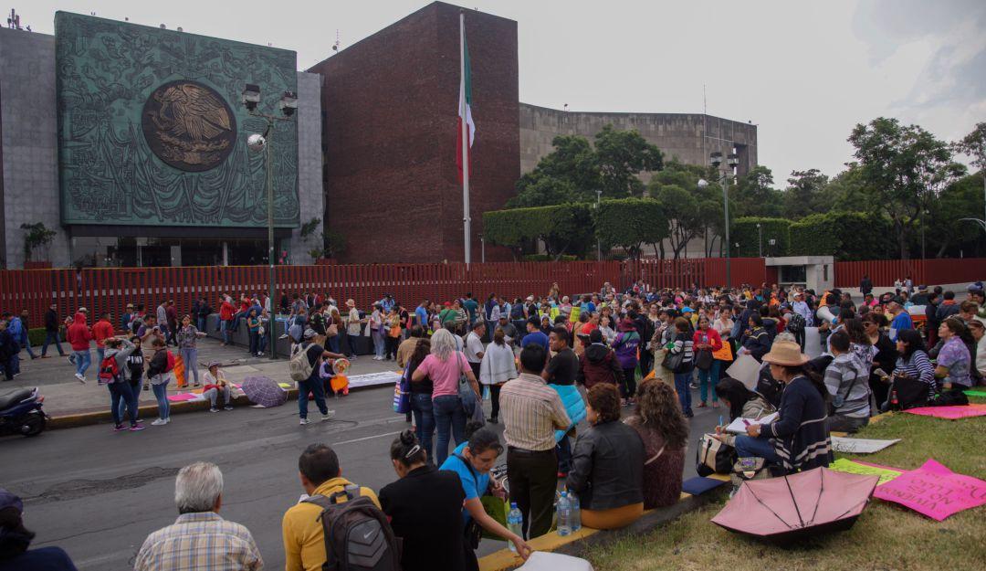 Ante bloqueos de la CNTE, cancelan sesión en San Lázaro