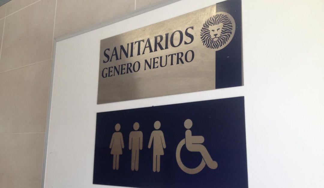 Habilitan baños de género neutro en la Preparatoria #6