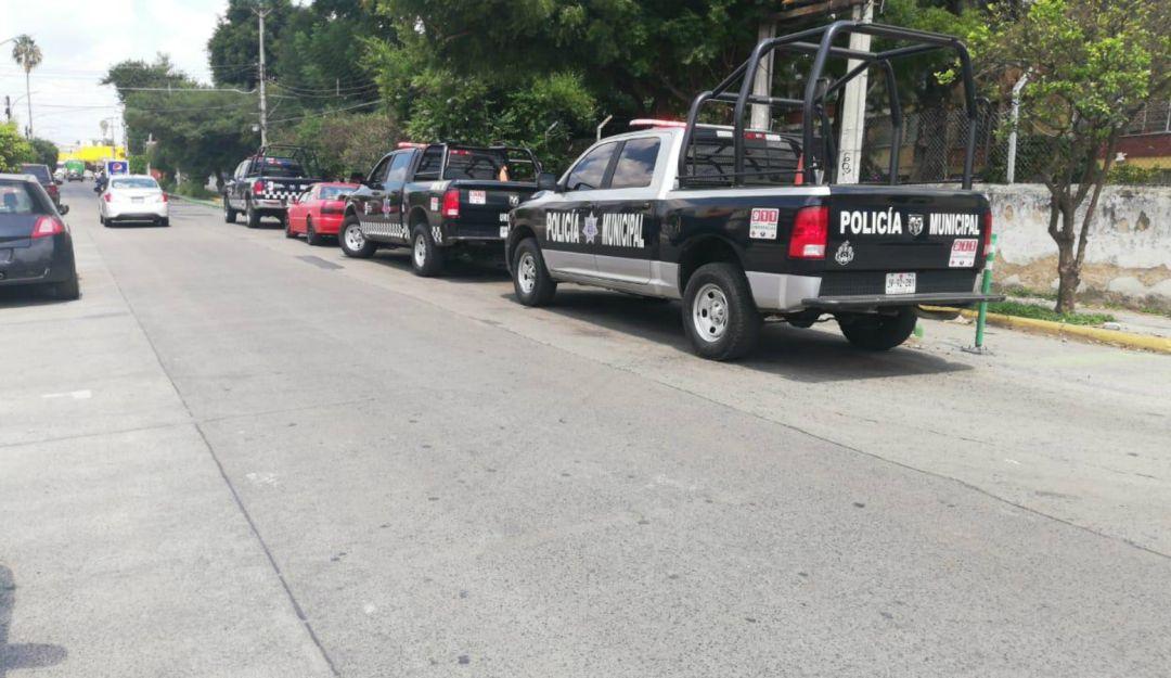 Fallece hombre intoxicado adentro de su vehículo