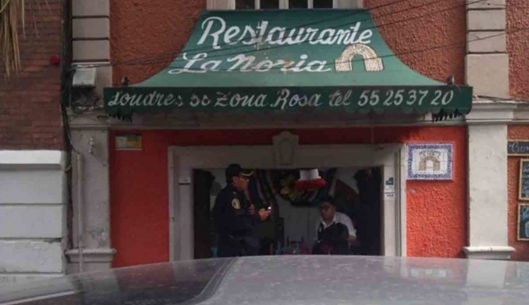 Ejecutan a tiros a un hombre en restaurante de la colonia Juárez