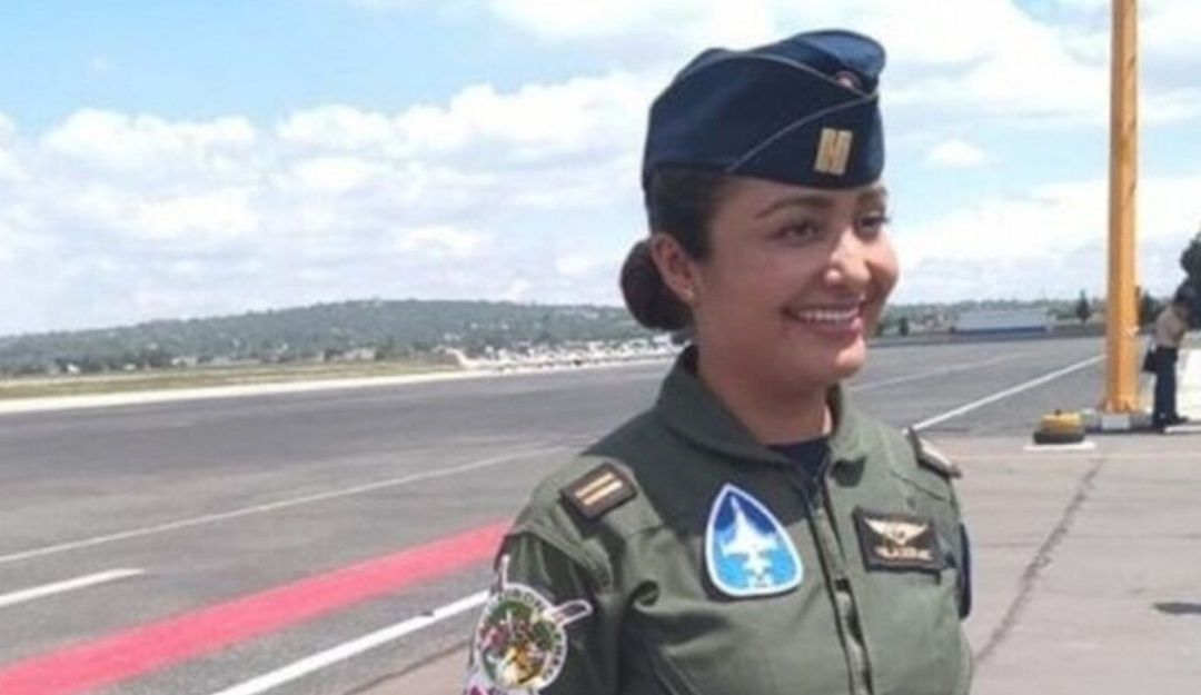 Desfile militar contará por primera vez con participación de mujeres piloto