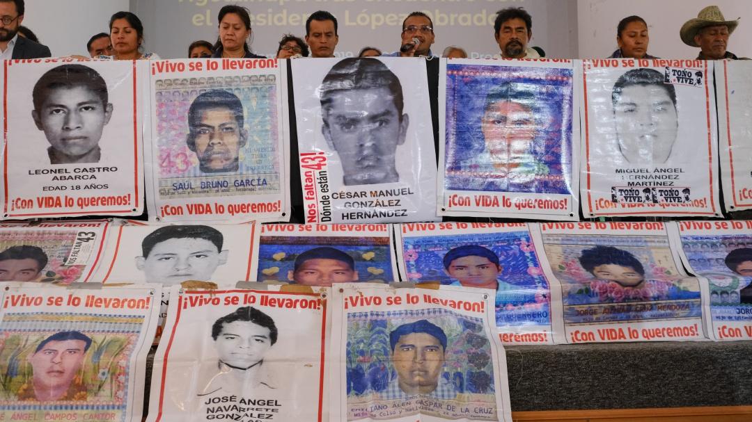 Liberaciones de Caso Ayotzinapa son culpa de juez, PGR y FGR: V. Rosales