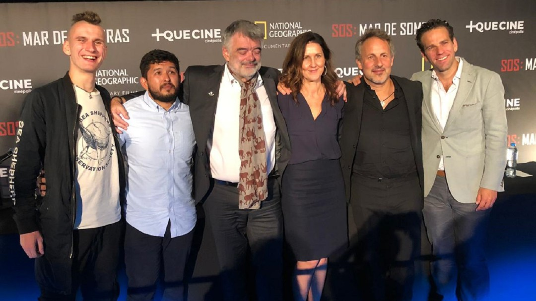 Presenta Carlos Loret documental 'SOS Mar de Sombras'