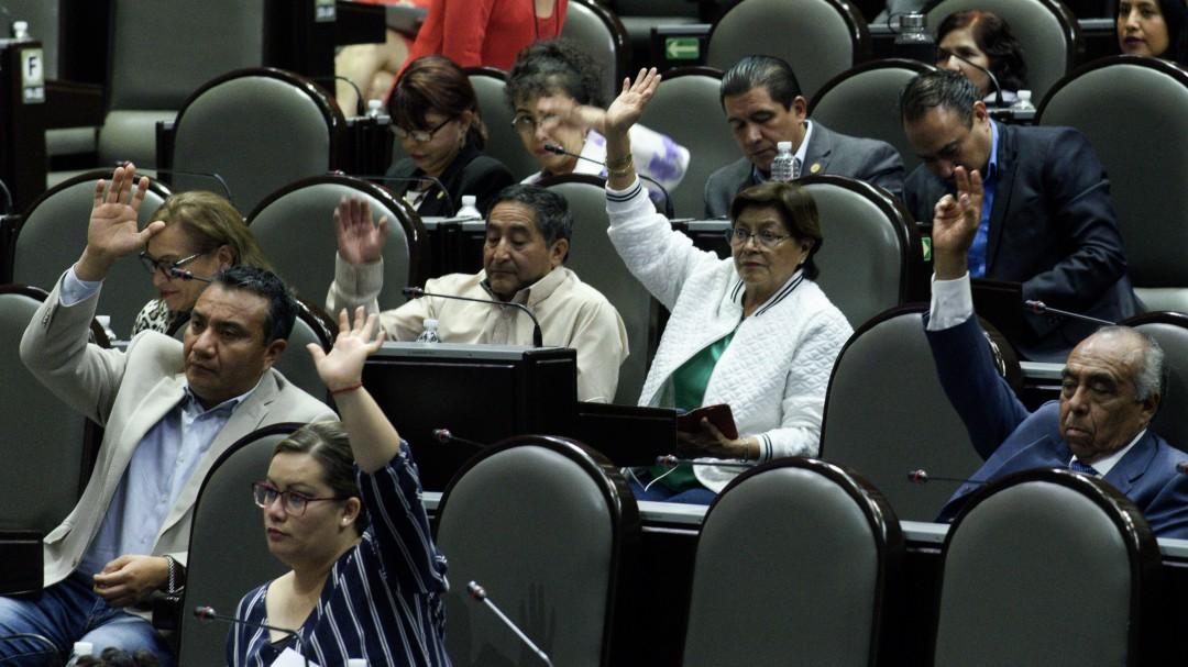 Aprueban cambios a la Constitución para prohibir condonaciones fiscales