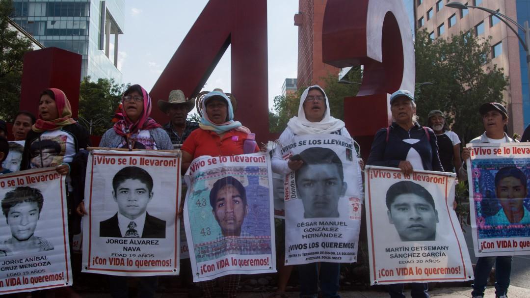 Exhorta Cámara de Diputados a FGR retomar caso Ayotzinapa