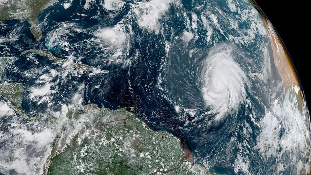 Así es captado Lorenzo desde satélites; el huracán más fuerte del Atlántico