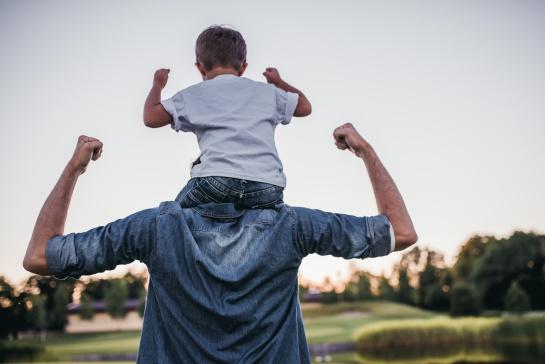 Este programa apoyará a papás que tengan hijos o hijas con edades entre 1 y un día antes de cumplir 4 años