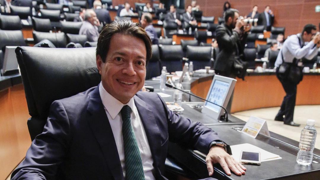 Propone Mario Delgado crear empresa estatal que venda y regule marihuana