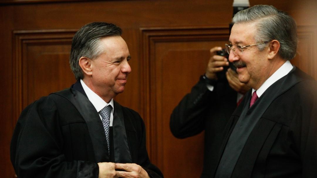 Renuncia Medina Mora como ministro de la SCJN