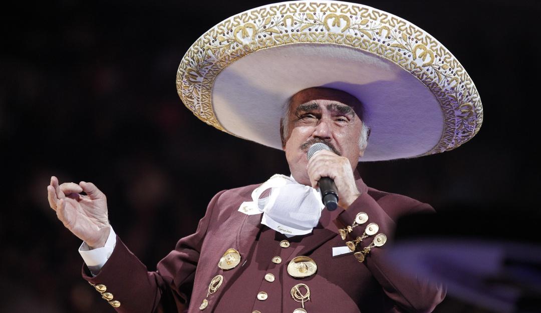 Vicente Fernández será homenajeado con estatua en Guadalajara
