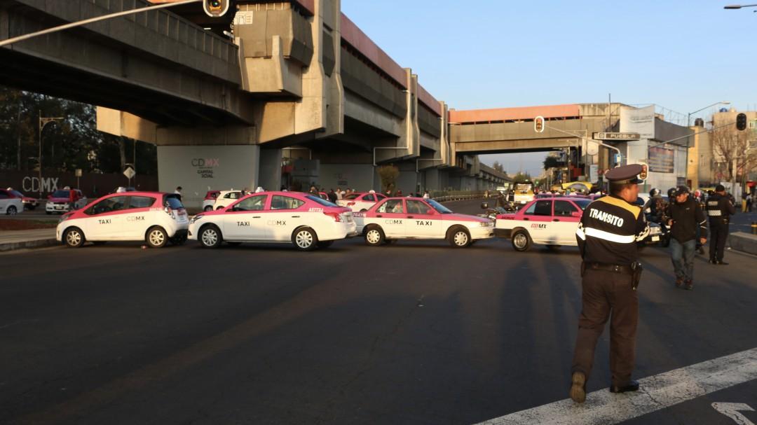 Movilización de taxistas desquicia a la CDMX