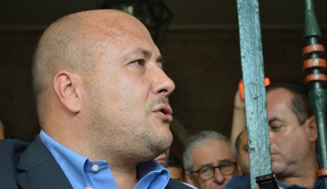 Alfaro culpa a hermano de panista de frenar reforma al Poder Judicial