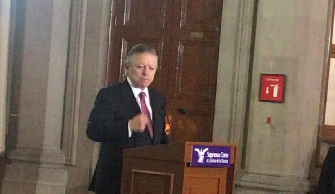 Confirma Arturo Zaldívar presiones del ex presidente Calderón