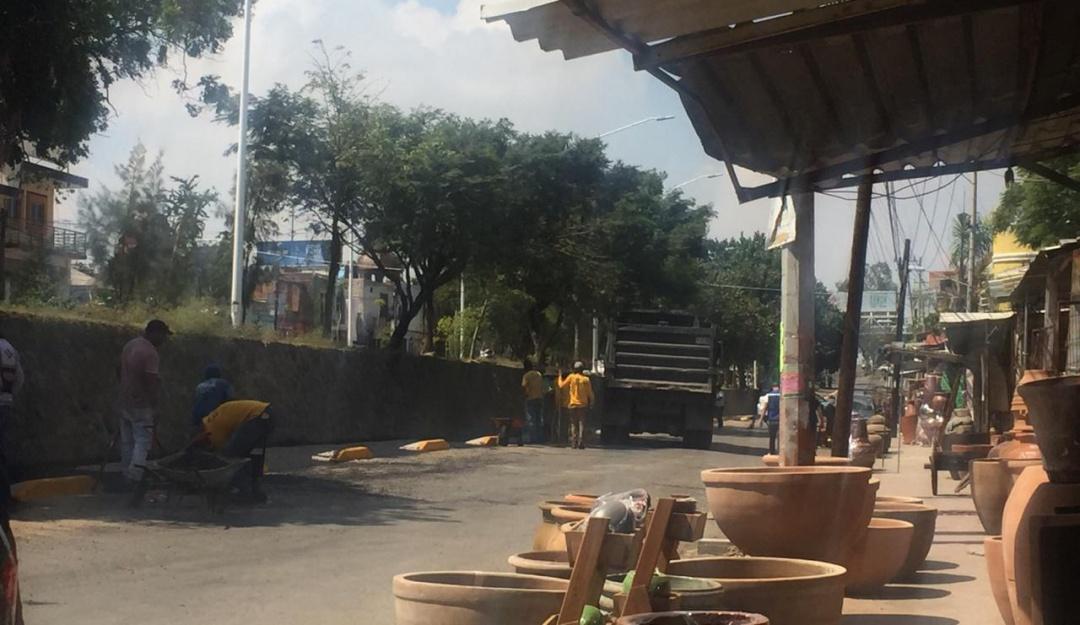Obras de ciclovía en Tonalá afecta a comerciantes; señalan retrasos