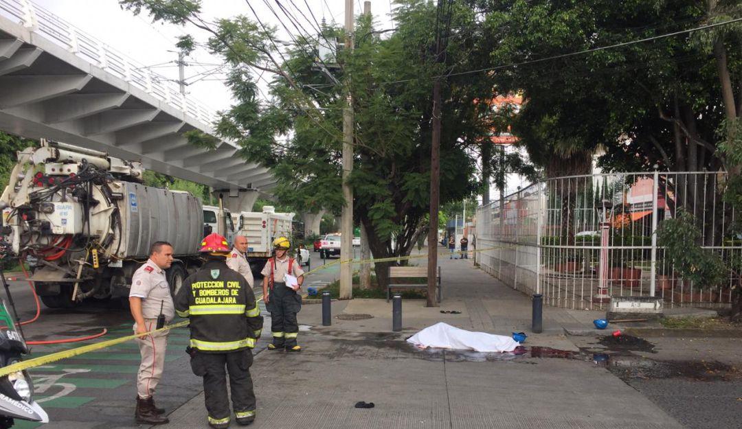 Fallece trabajador del SIAPA cuando desazolvaban una alcantarilla