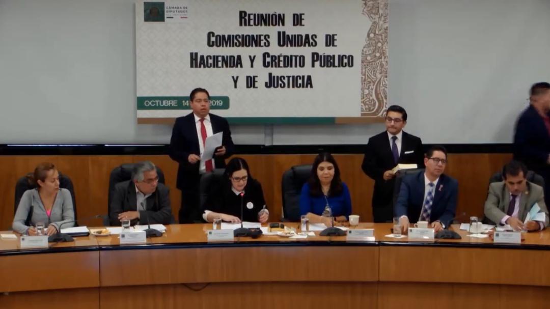 Aprueban diputados en comisiones leyes contra facturas falsas