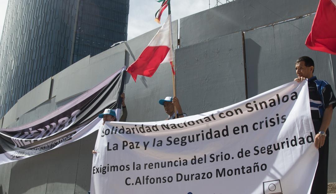 Exigen organizaciones a AMLO asumir fracaso en operativo de Culiacán