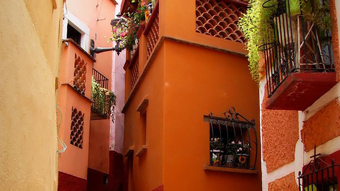 El callejón del beso en el Cervantino