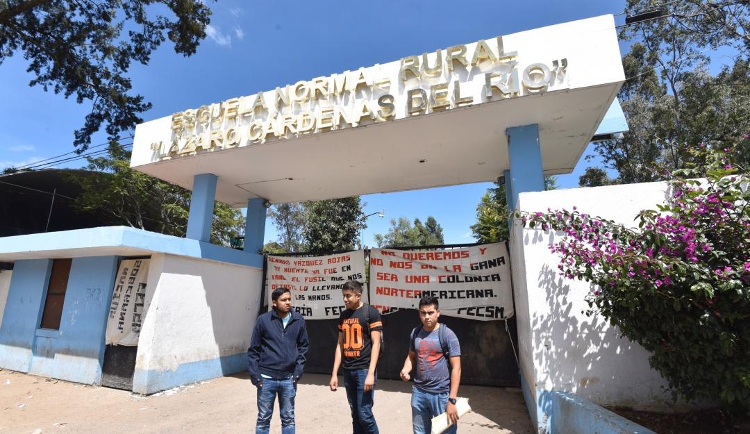 Recortan mas de mil millones de pesos a presupuesto para Escuelas Normales