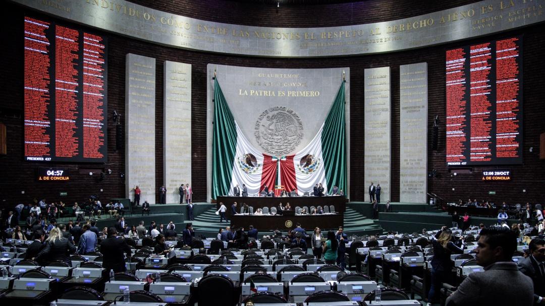 Diputados prueban con cambios eliminar fuero al Presidente de la República