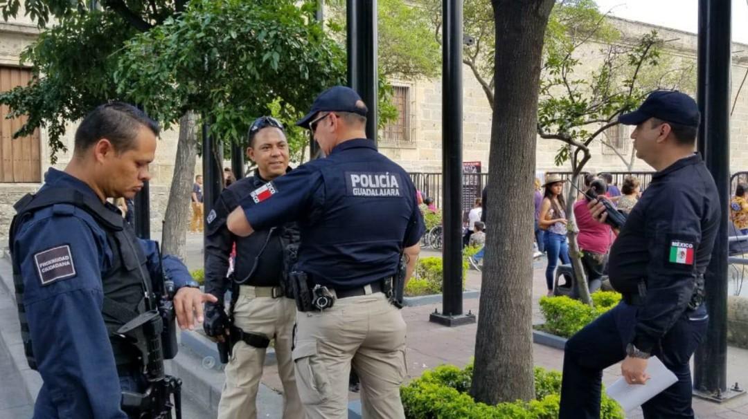 Vinculan a proceso a dos policías tapatíos