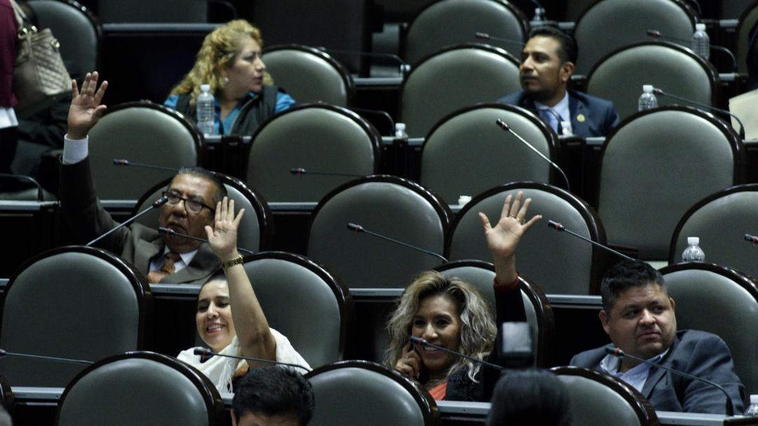 Avalan diputados reducir recursos a partidos y revocación de mandato