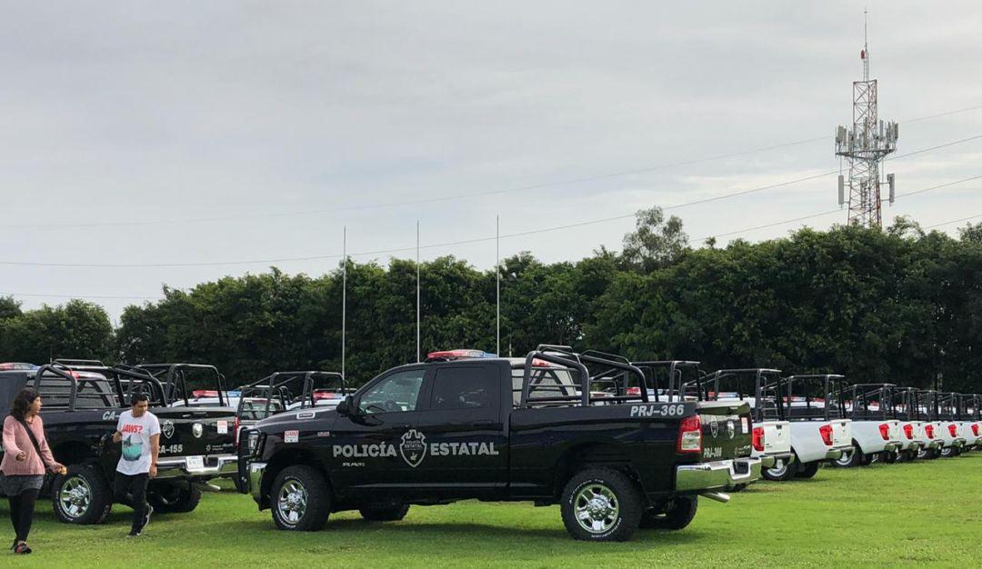 Entregan vehículos a comisarías y Fiscalía