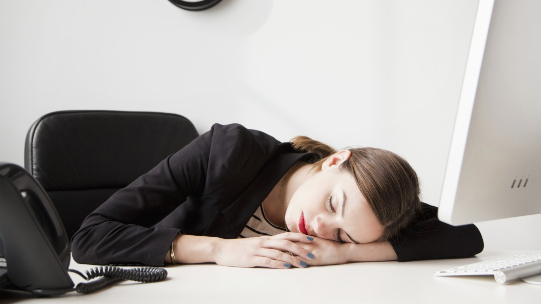 La siesta, una forma saludable para alargar tiempo a tu vida