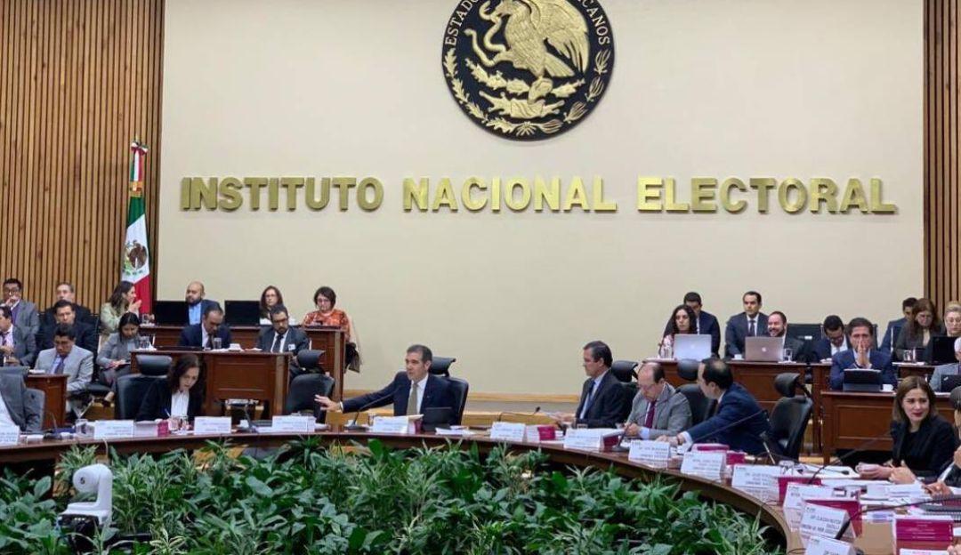 INE multa con 586 mdp a partidos por irregularidades en gastos