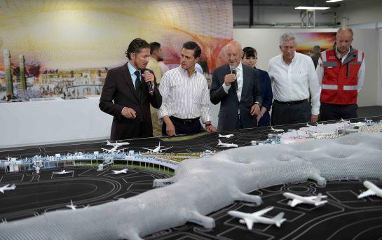 Piloto pide a AMLO que se construya el aeropuerto en Texcoco