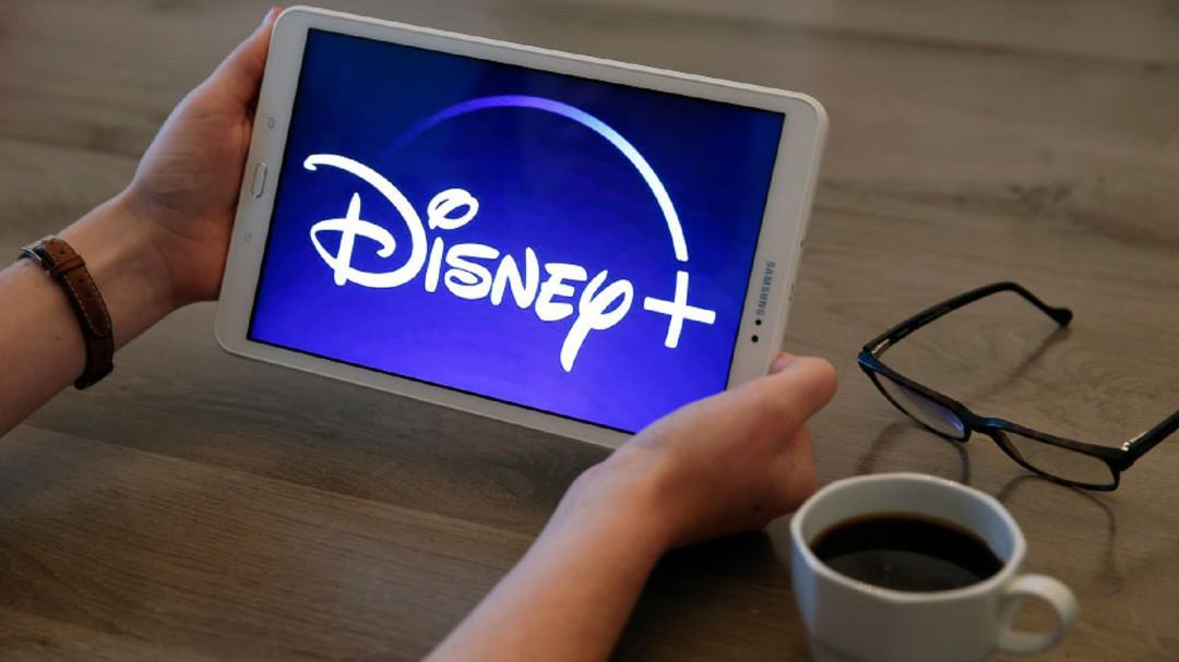 SOPITAS: Disney se cae en su día de estreno vía streaming
