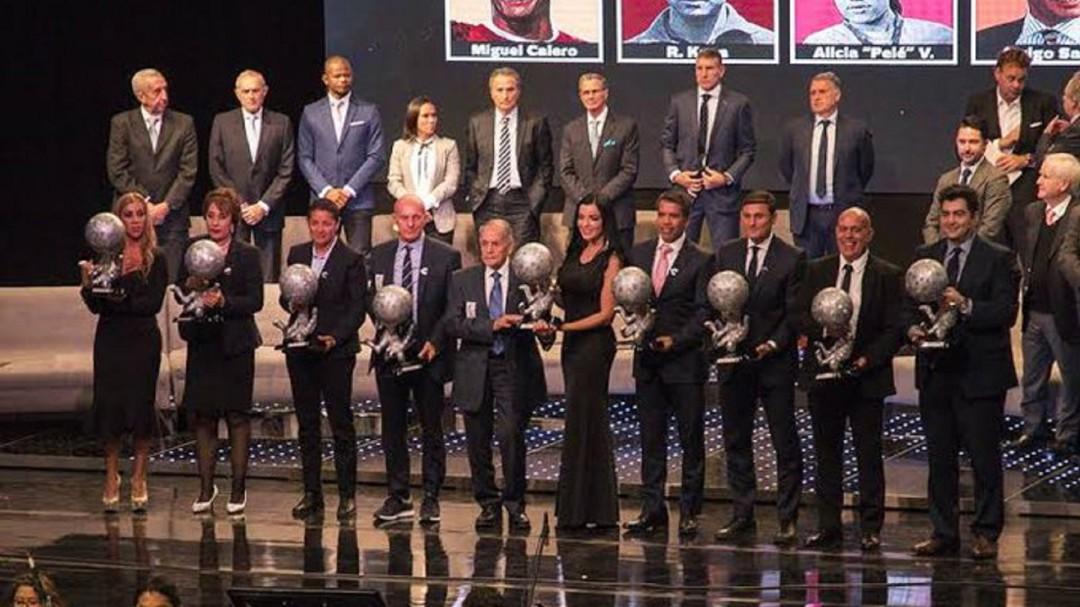 Llegó al Salón de la Fama del Futbol Internacional la Generación 2019