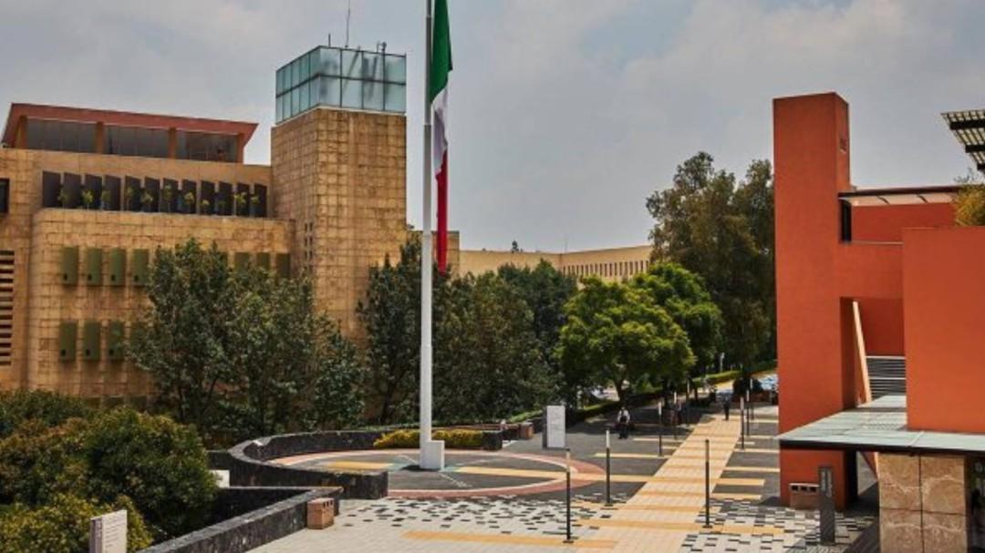 Asaltan y balean a sujeto dentro de instalaciones del TEC de Monterrey