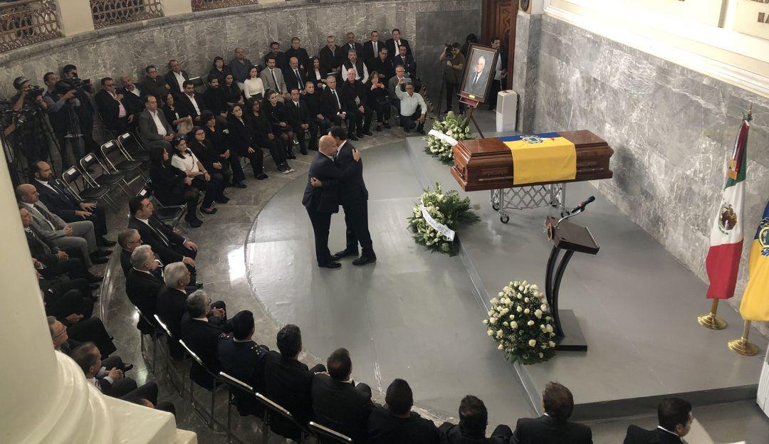 Víctimas de explosiones del 22 abril cuestionan homenaje a Cosío Vidaurri