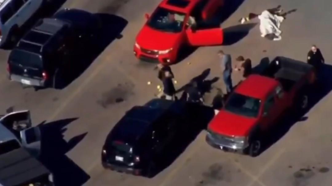 Tiroteo en Walmart de Oklahoma deja al menos tres muertos
