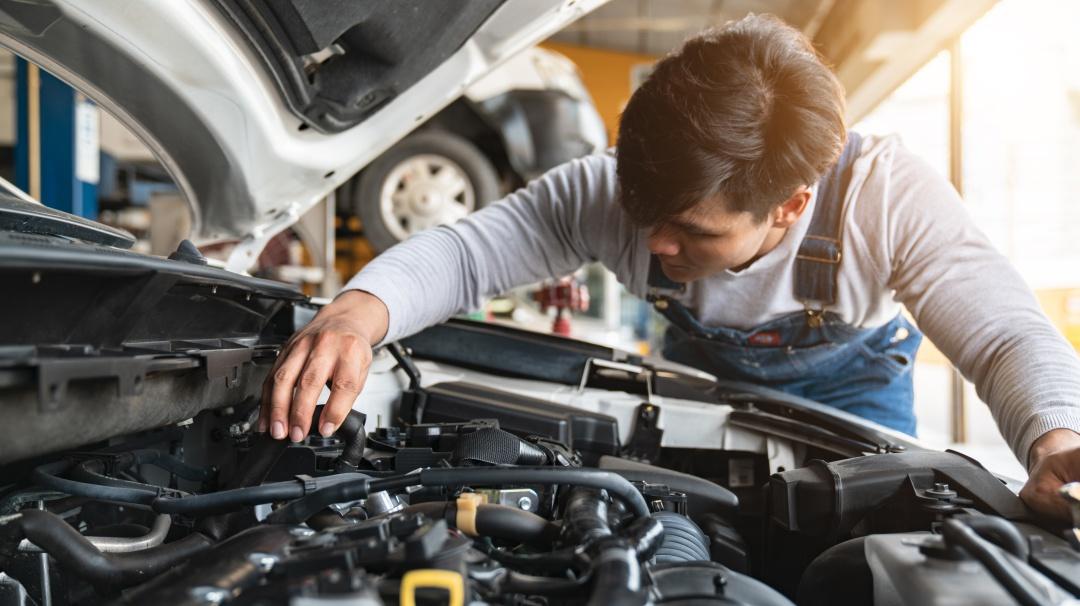 Tips para que tu mecánico no te vea la cara