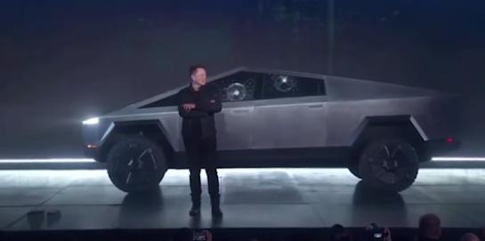 Cybertruck de Tesla es la nueva camioneta eléctirica que desató memes en su presentación
