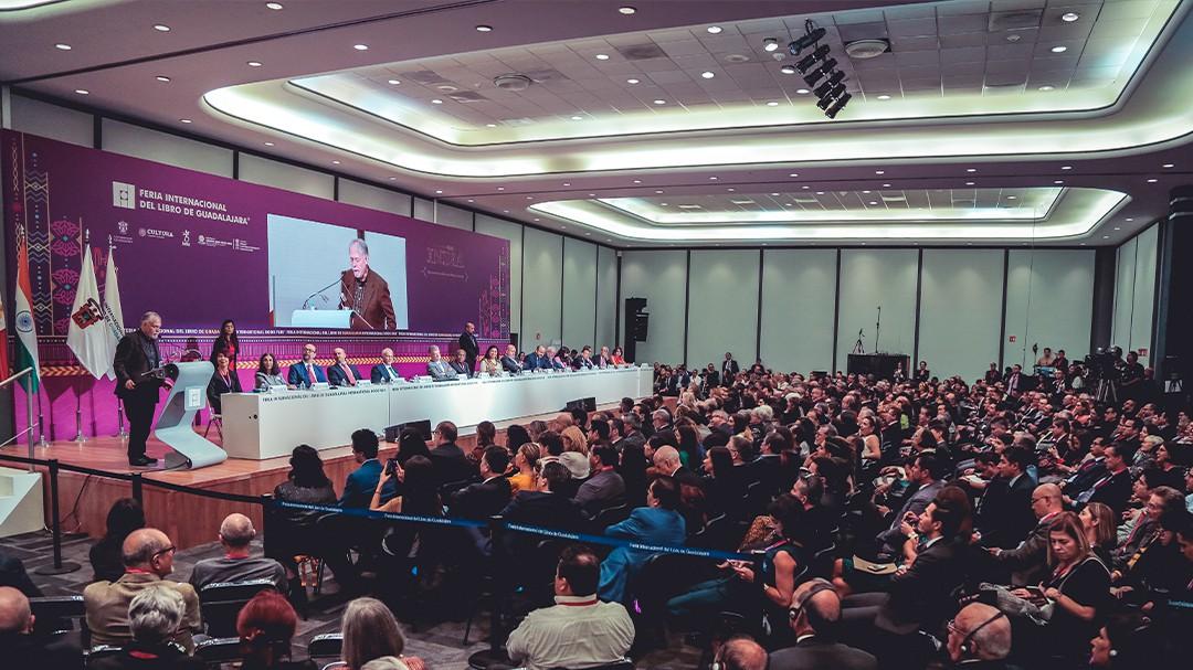 Raúl Padilla pide no haya recortes al presupuesto de universidades