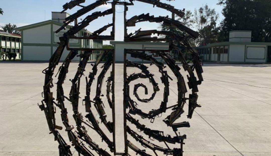 Armas incautadas en Jalisco se convertirán en arte