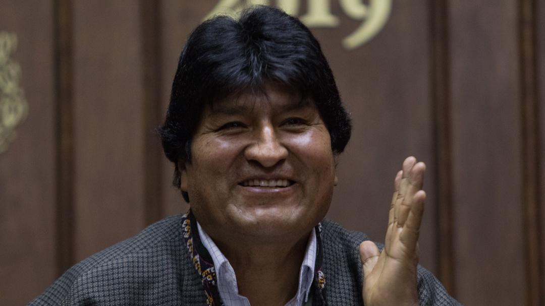 Formaliza Noroña cooperacha de diputados para manutención de Evo Morales
